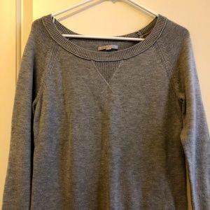 Gray Gap ¾ sleeve sweater